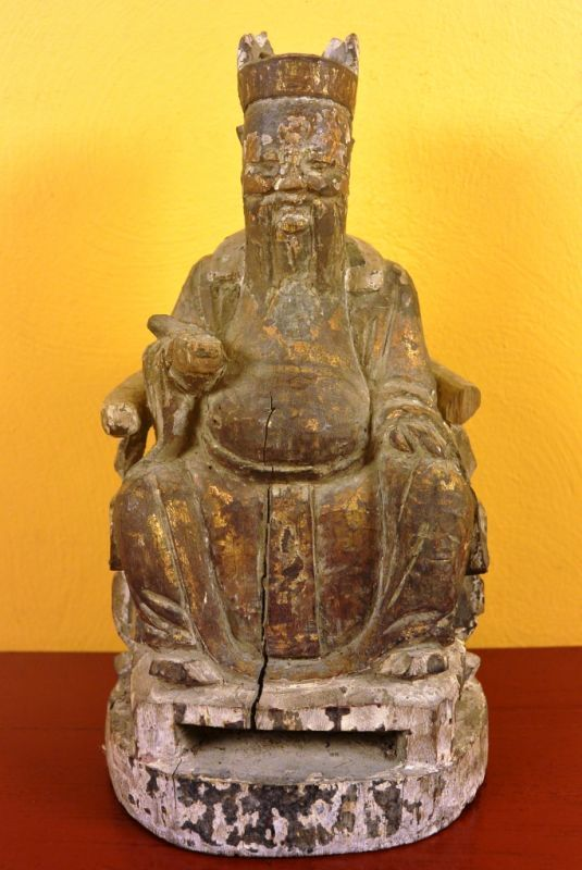 Chinese home or temple small statue of diety, official or ancestor