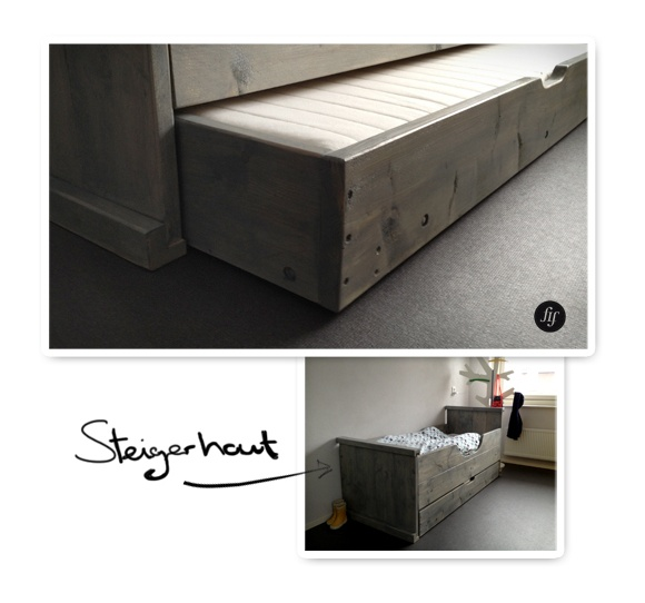 Junior bed van steigerhout.