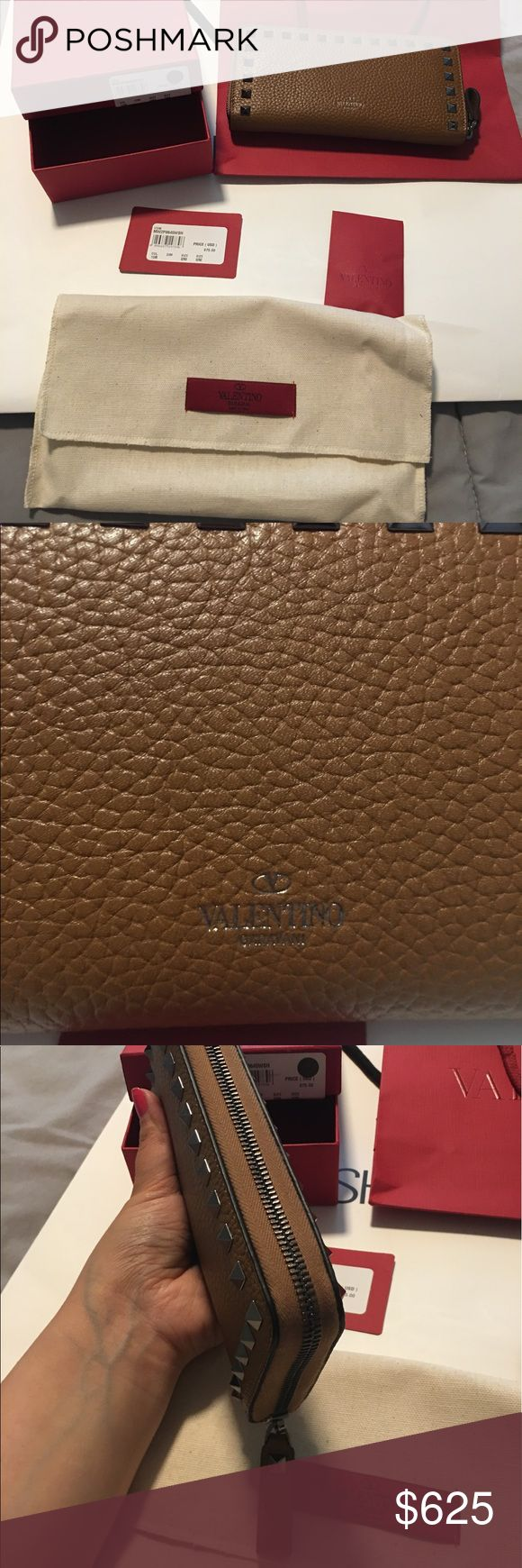 Valentino wallet Brand new and comes with original packaging Valentino Bags Wallets