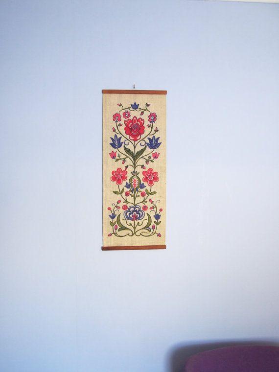 M s de 1000 ideas sobre tapices en yute en pinterest for Ideas para colgar medallas