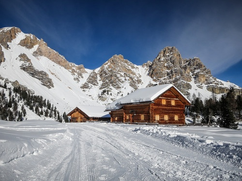 Panorami / Landschaften / views Parco Naturale Fanes Naturpark - Hotel Ustaria Posta