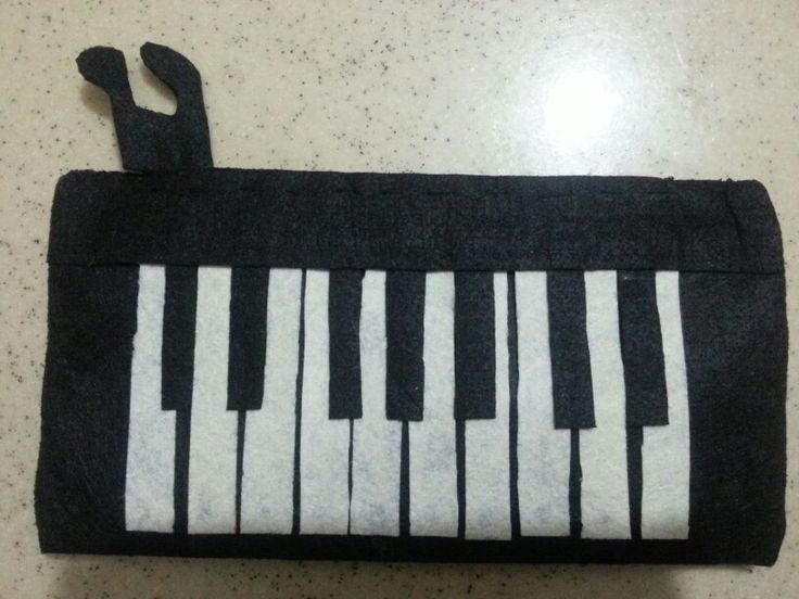 Kalem kutu piyano