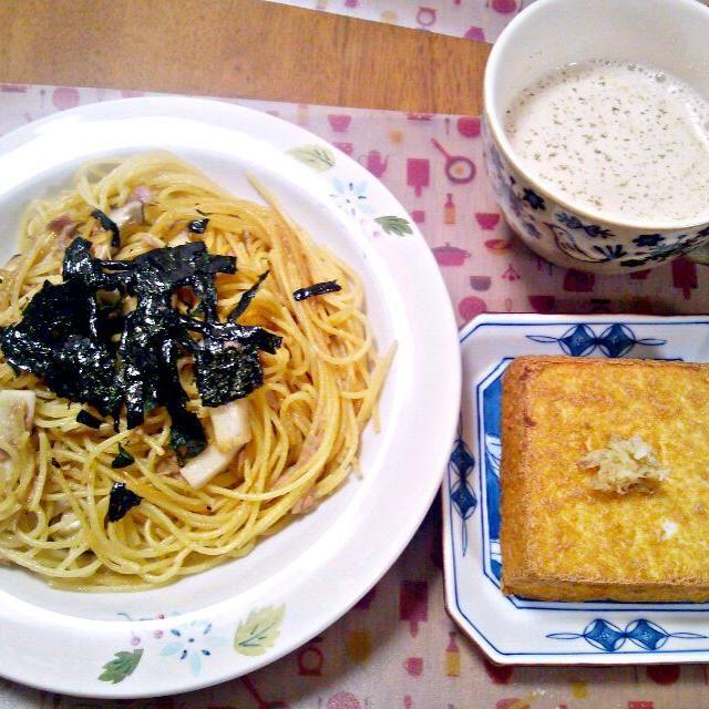 かぼちゃの煮物の残り汁に野菜スープの素と牛乳足してぐつぐつ~今回は煮汁少なめだったからかぼちゃの風味はやや薄め?バター足すときもあるけど今回はだし入れたからなし - 6件のもぐもぐ - 2月20日 ツナとエリンギのバター醤油パスタ 厚揚げ豆腐 かぼちゃの残り汁スープ by sakuraimoko