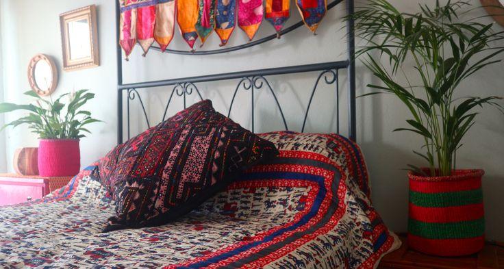 Magenta Jaipuri Razai Quilt  #jaipurirazai #quilt #kutchembroidery #cushion #beadedplanters #bohemiandecor #bohemianbedding