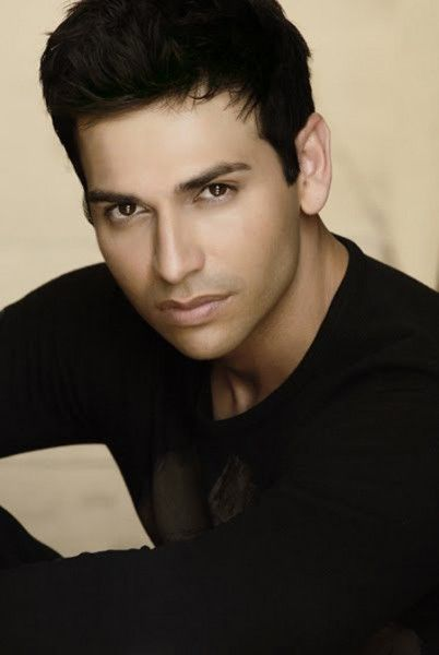 Oh my lord!!      Hello Esteban! The Suite Life Of Zack And Cody Cast Then And Now 6