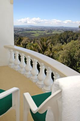 Bed & Breakfast Package  Escape to the hills for this bed and cooked breakfast deal. It's perfect for a spontaneous getaway. A Deluxe Room with Juliet balcony awaits you. Enjoy the views, relax, unwind and surrender to the peace and tranquility of the Rainforest.  All for only $245.00* incl GST, per double, per night. (subject to package availability, not available a year round)