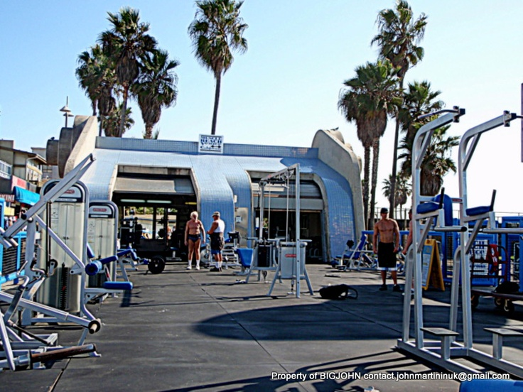 The amazing workout area at Muscle Beach Gym, Venice Beach