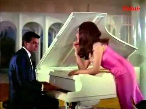 Zindagi Ittefaq Hai - Aadmi Aur Insaan 1969. Asha Bhosle & Mahendra Kapoor.