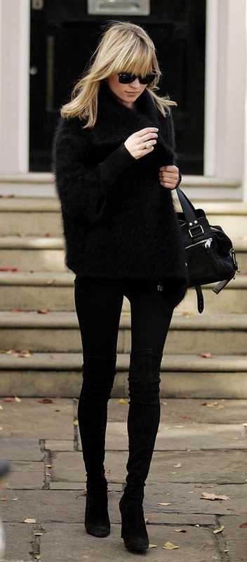 black.: Inspiration, Black Outfits, Fall Wint, Street Style, Allblack, Katemoss, Black On Black, All Black Everything, Kate Moss