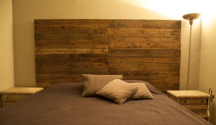 73 mejores im genes sobre muebles hechos con palets www - Cabecera de cama reciclada ...