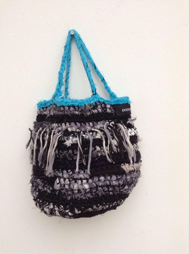 Een persoonlijke favoriet uit mijn Etsy shop https://www.etsy.com/nl/listing/555738078/handmade-duurzame-dames-tas-van-repen