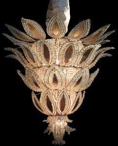 Art Deco ChandelierArt Decó, Art Deco Art, Art Nouveau, Fun Decor, Decó Chandeliers, Art Deco Chandeliers, White Gold, Ananas Art, Artdeco