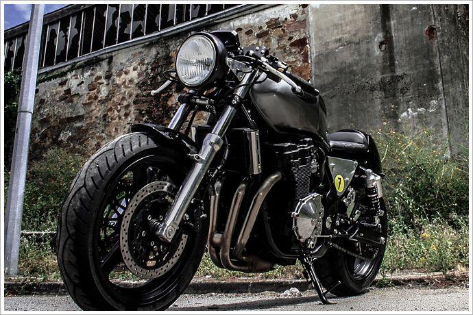 "Sérgio Teixeira's Suzuki GSX 750 -""Saudade"" - Pipeburn - Purveyors of Classic Motorcycles, Cafe Racers & Custom motorbikes"