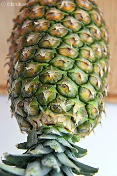 how to know when to cut a pineapple