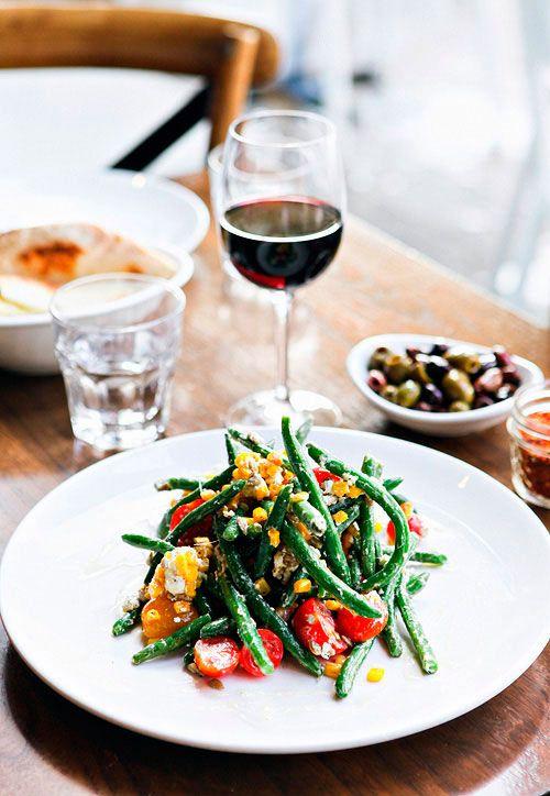 Summer Green Bean Salad with Cherry Tomatoes and Peach Gastrique #recipes #salads #greenbeans #beans #vegetarian #veggie #summer #fresh #peaches #tomatoes