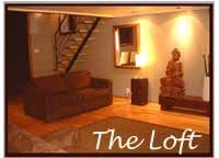 Elegant short stay loft in Montreal. Spacious. On 3 levels. Jacuzzi. 2 bedrooms. For up to 8.