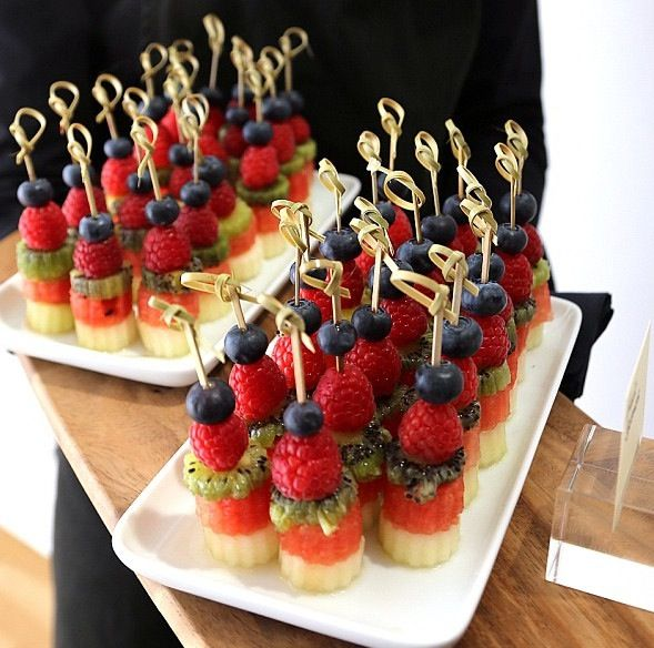One of the ways I want to serve the fruit kebabs.
