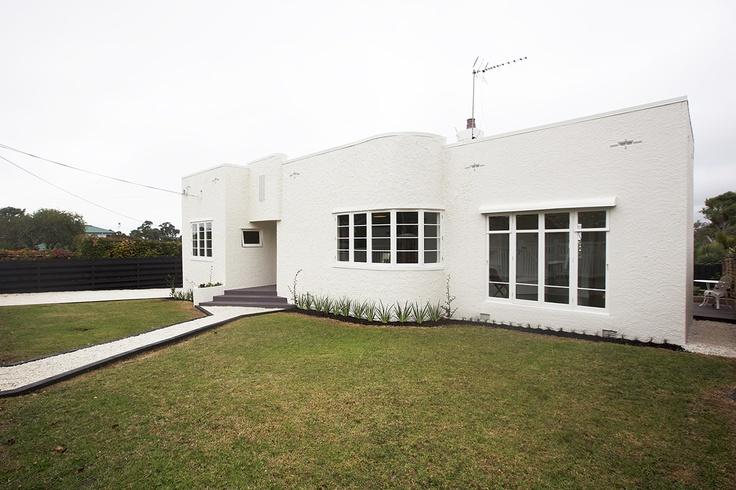 Home staging by Places & Graces. Art deco home. Decorating and development, Kingdom Decorators. Colour scheme, Resene Devonport.