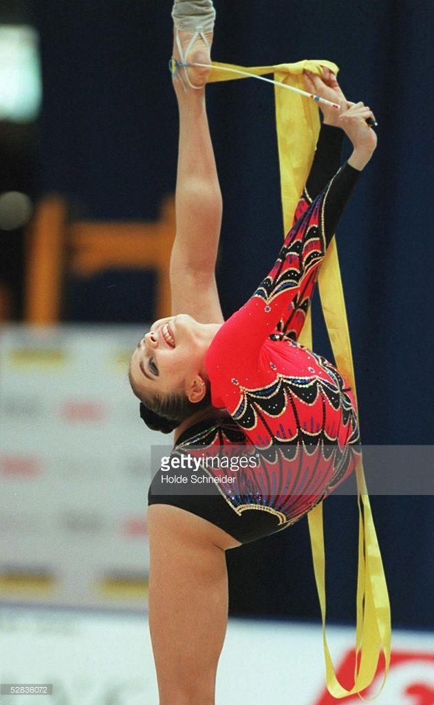 Best 25+ Alina kabaeva ideas on Pinterest | Rhythmic ... Alina Kabaeva Gymnastics