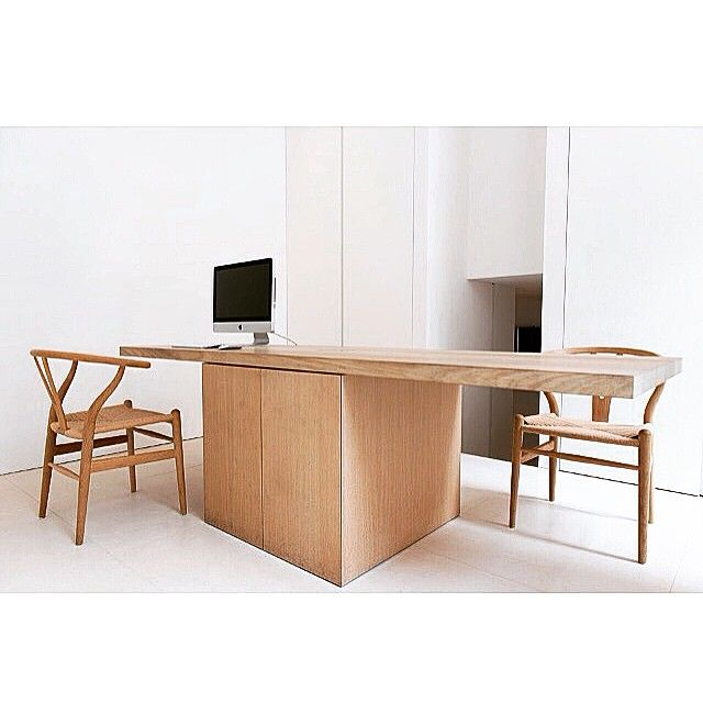 #furniture #oak #table #desk made by #Nieuwkoop_International #chair #CH24 #hanswegner #officespace #interior #interiordesign #interiordetails #minimalism #minimalist #minimalismo #architect #architecture #archilovers #archdaily #archhunter #archimasters #architectonics_world #architecturaldetail #stoneflooring #limestone #moleanos #refurbishment #lessismore