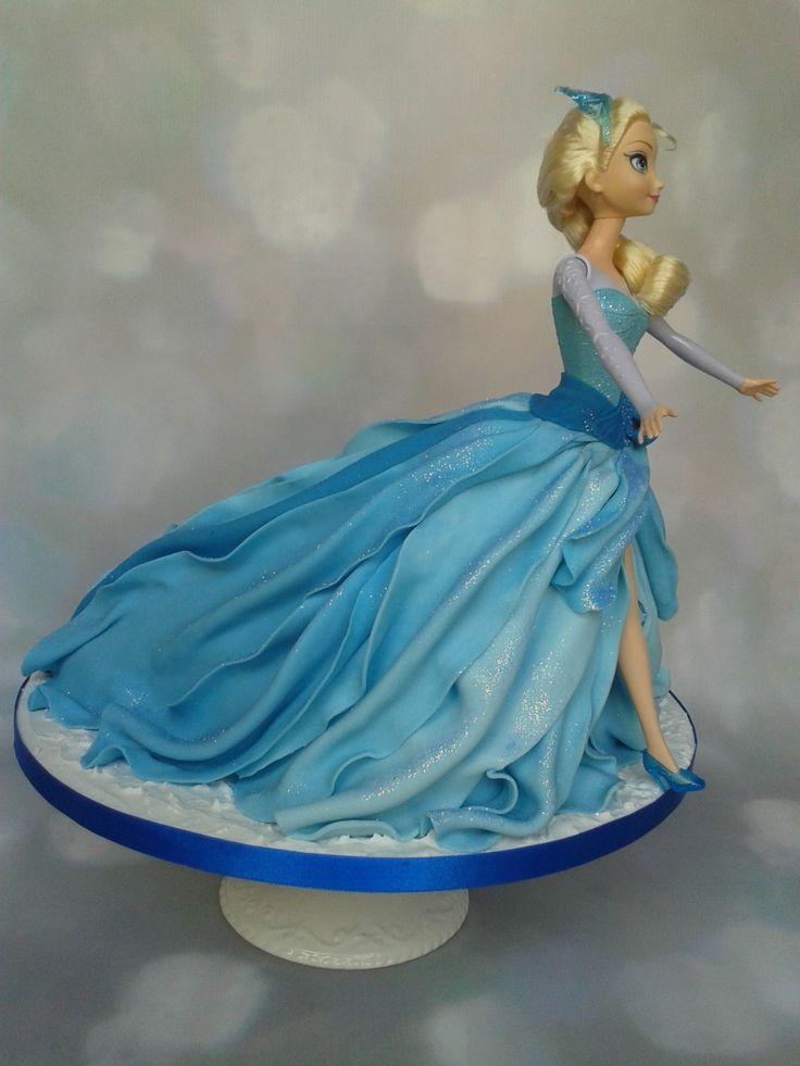 Let It Go… Elsa Doll Cake £70 (excluding doll – feeds 40-45)