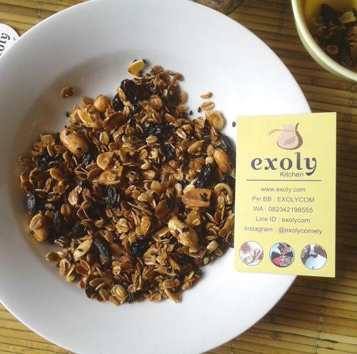 Kudapan Sehat Granola  Kudapan Sehat Granola  Hai semuanya.yuk makan kudapan yang sehat.Granola dari Exoly dengan varian rasa vanila dan pisang.  Untuk informasi dan pemesanan silahkan jangan ragu-ragu untuk menghubungi Exoly.  Filed under: Blog Tagged: bali camilan denpasar exoly exoly kitchen granola kudapan madu makanan ringan pisang sehat vanila        URL: https://rbw.ikahana.net/2pV3KaB Managed by: IKAHANA https://rbw.ikahana.net/2pL8aPu