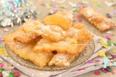 Chiacchiere+alla+panna+favolose+2+ingredienti+fritte+o+al+forno