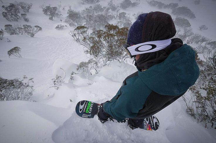 Always ready to ride powder ✅ How about you??? . . . : @perisher_parks : @sebtoots : @sunsetfilms #PeakSnowboarding #Snowboard #Snowboarding #Snowboarder #Mtn #Gnarly #Snow #Australia #Oakley #Goggles #Powder #PowDay #ProSnowboarding