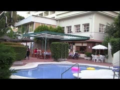 Hotel Review: Roc El Pinar, La Colina, Torremolinos, Costa Del Sol, Spai...
