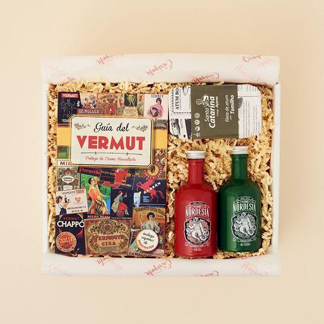 ¡Han llegado nuevas cajas gourmet perfectas para el verano!☀️ ¿Ya las has visto? 🍷 ¿A quién no le gusta el momento del vermut? ¡Celébralo de la mejor manera! (Puedes encontrarla en el link de la Biografía 🙌 ☘️ Escríbeme por WhatsApp para cualquier duda: +34 663 00 59 66  #RegalaEnriqueta .  .  .    #cajasderegalo #regalosmolones #regalosdiferentes #regalospersonalizados #regaloscreativos #regalaenriqueta #regalosoriginales #envioregalos #autoregalos #foodies
