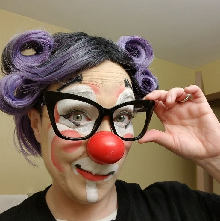Top 6 Clowns for Hire in Las Vegas, NV (100% Guaranteed