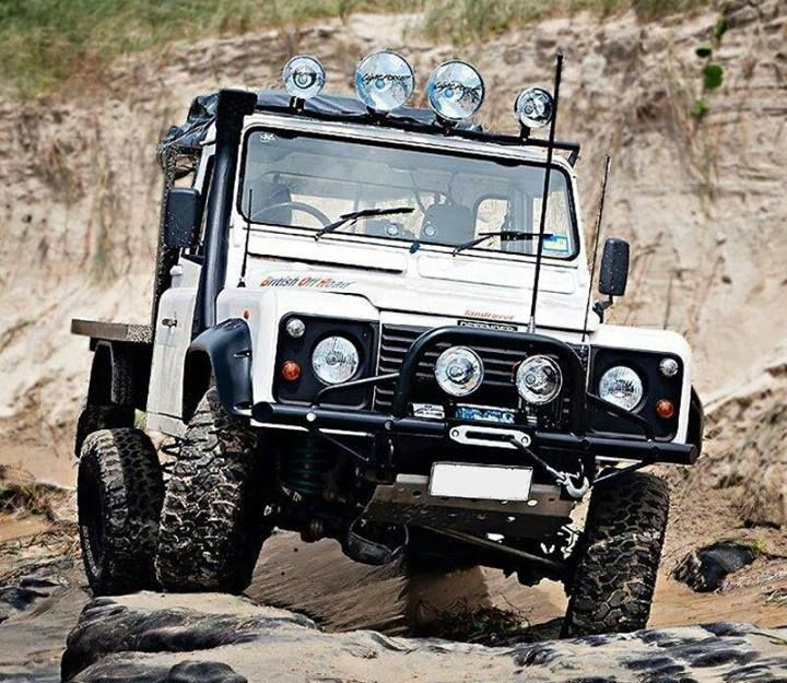 1000 Images About Land Rover Defender On Pinterest: 1000+ Images About Land Rovers... Then The Rest... On