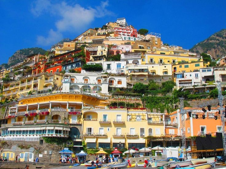 italy-stunning-villages-wcth16