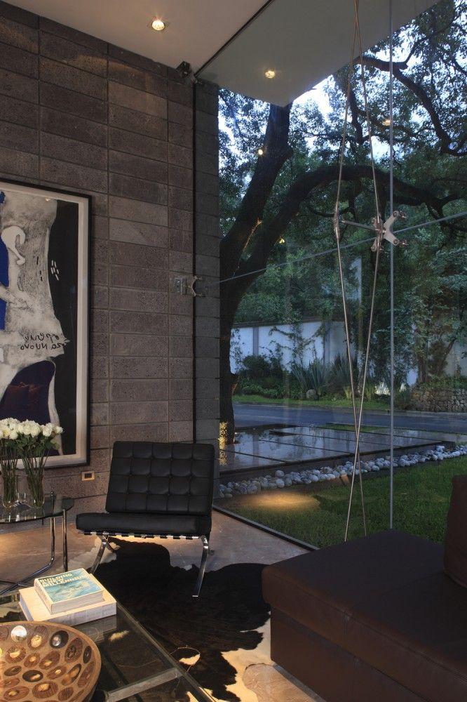 Torres House / GLR Arquitectos