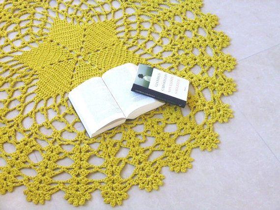 Grande tappeto giallo senape lavorato di FilinFilando su Etsy