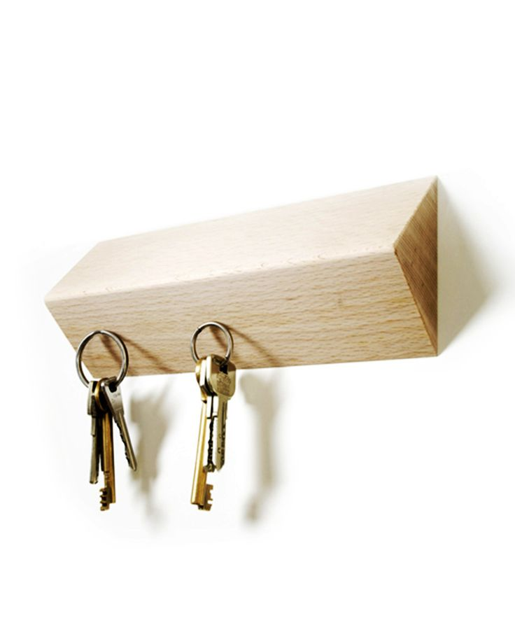 Magnetic Pull Key Holder - Natural Gadgets Collection (very cool!!!!)