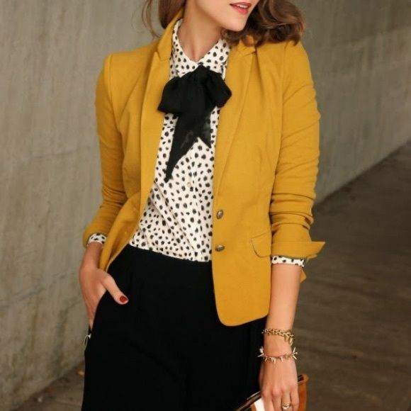 Mustard Blazer Small sized mustard blazer. Made of cotton, super comfy and chic Jackets & Coats Blazers