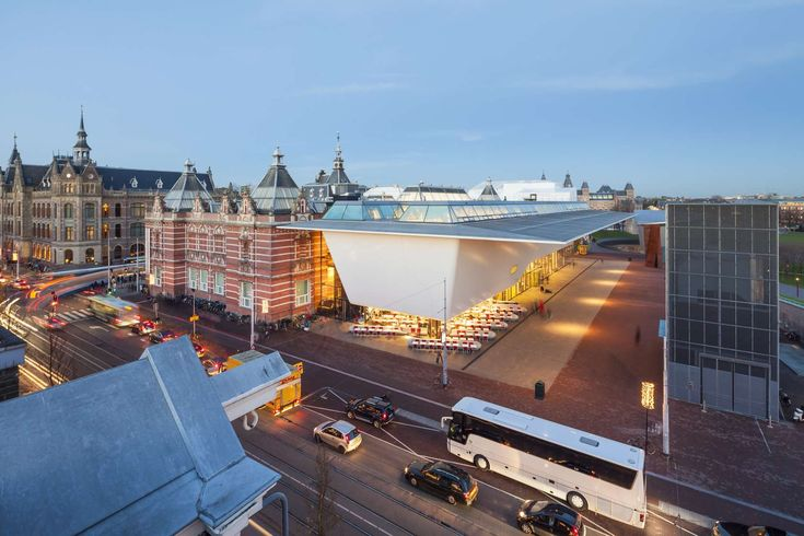 Amsterdam's Stedelijk Museum is renovated and enlarged. Designed by A.W. Weissman, the building is celebrated for its majestic staircase, grand rooms and nat...