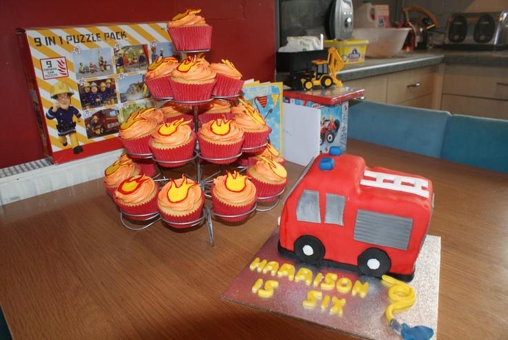 Mama OWL: Fire Engine Cake, matching Fire cupcakes