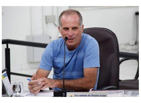 BANCOS: NOVOS HORÁRIOS DE ATENDIMENTO ENTRAM EM VIGOR. http://www.passosmgonline.com/index.php/2014-01-22-23-07-47/geral/2637-novos-horarios-de-atendimento-de-bancos-entram-em-vigor