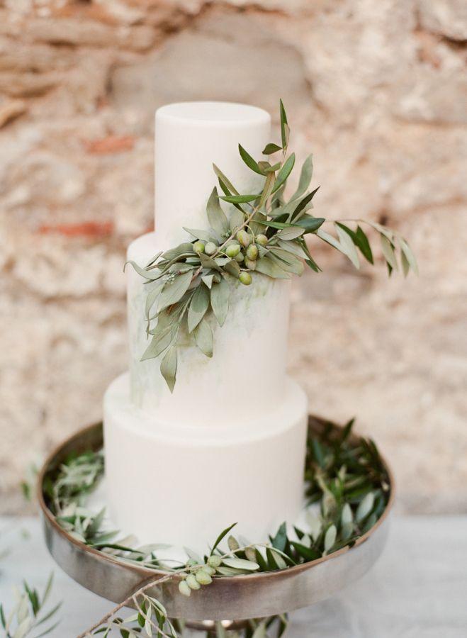 Organic wedding cake: http://www.stylemepretty.com/destination-weddings/2015/11/18/greek-goddess-bridal-inspiration/ | Photography: http://www.marie-filmphotographer.com/