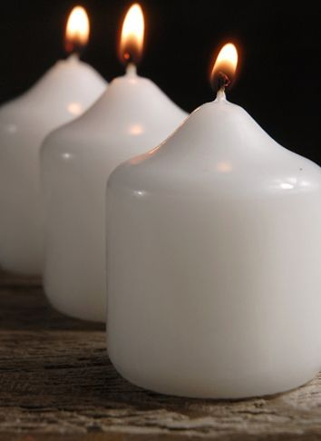 """Discount Candles White 2-1/2"""" x 2"""" (24 candles)"""