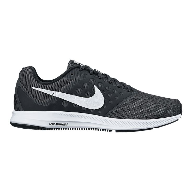 Minimal in design, the Women's Nike Downshifter 7 Running Shoe is made of lightweight, single-layer mesh and soft foam beneath the foot for revolutionary comfort.