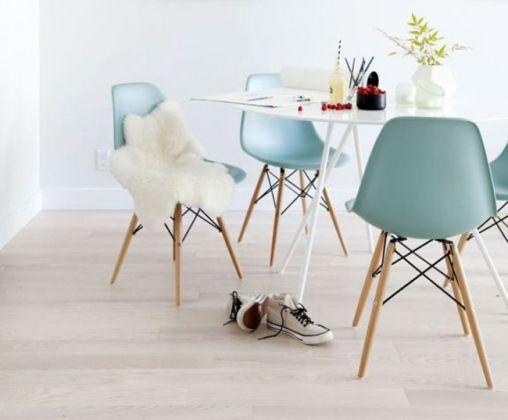 Chaises DSW par Eames