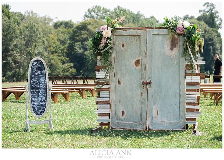 Lace factory wedding | Wedding at the lace factory | Lace factory wedding costs | New haven county wedding photographers | rustic wedding venues in CT |_0013