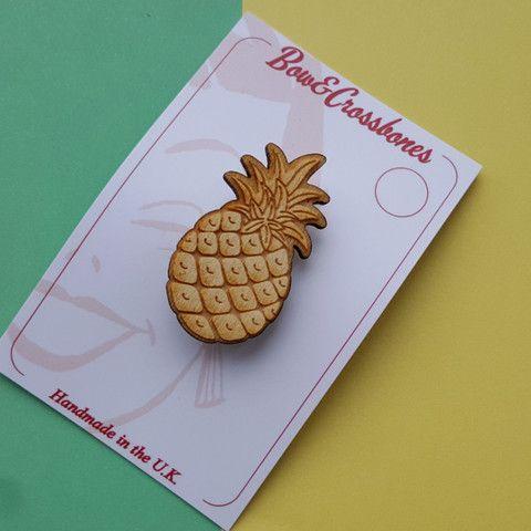 Wooden Tiki Pineapple Brooch, , Brooches, Bow & Crossbones, Bow & Crossbones   - 1
