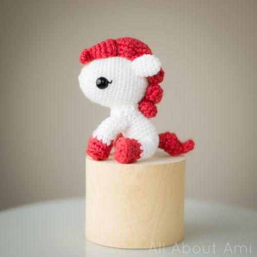pony crochet amigurumi para móvil cuna
