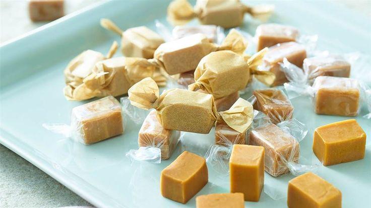 Zobacz, jak Paweł Małecki przygotowuje ciągutki z mleka i oleju kokosowego! Zajrzyj do Kuchni Lidla po przepis na łatwy i szybki deser!