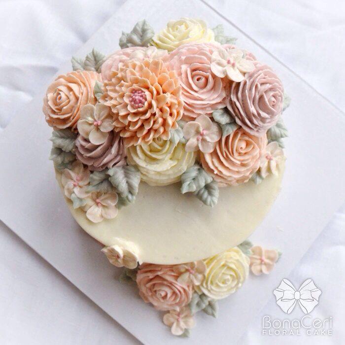 Zorica Cake Art : 1000+ ideas about Fondant Flower Cake on Pinterest ...