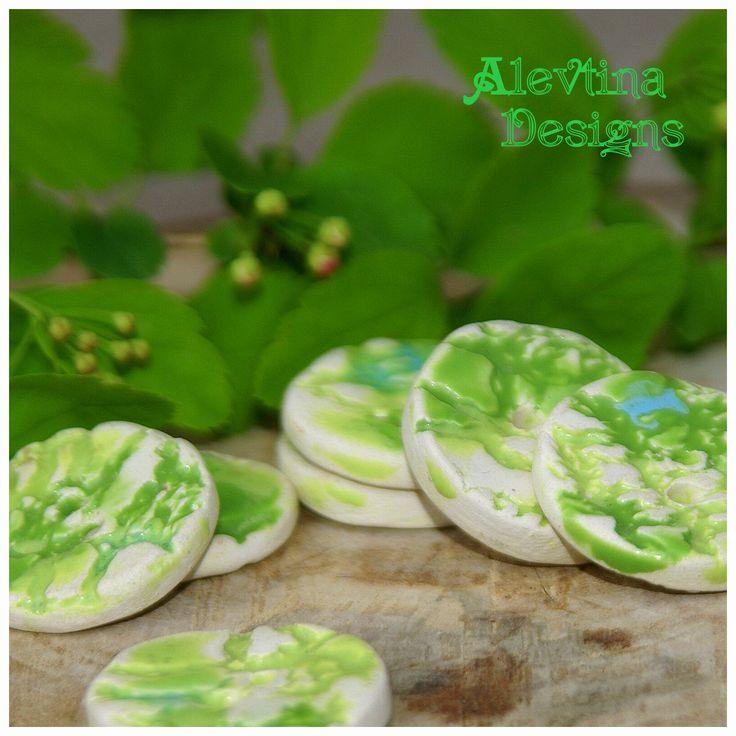 #my_ceramics #ceramic_button #lace_texture #green